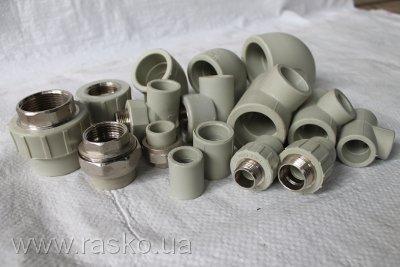 Фитинги для пластиковой трубы